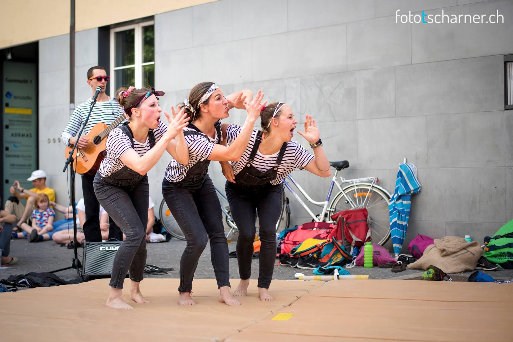 """Auftritt mit """"Aus über Chopf"""" an Afropfingsten in Winterthur, 3. Juni 2017. Foto © Daniel Tscharner"""